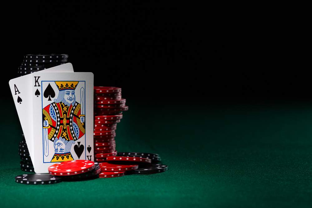 The Subtleties of Blackjack Table Etiquette, Explained