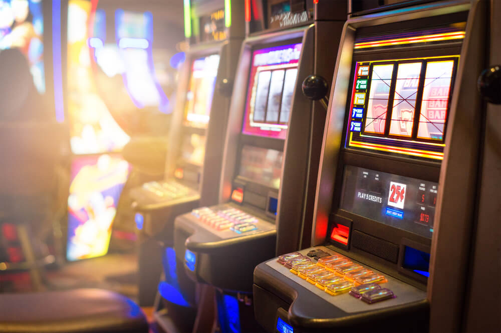 How to Play Slot Machines: A Step-by-Step Guide