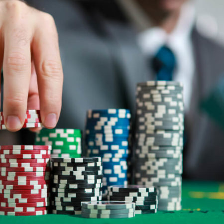 Quick Ways to Get Good at Poker